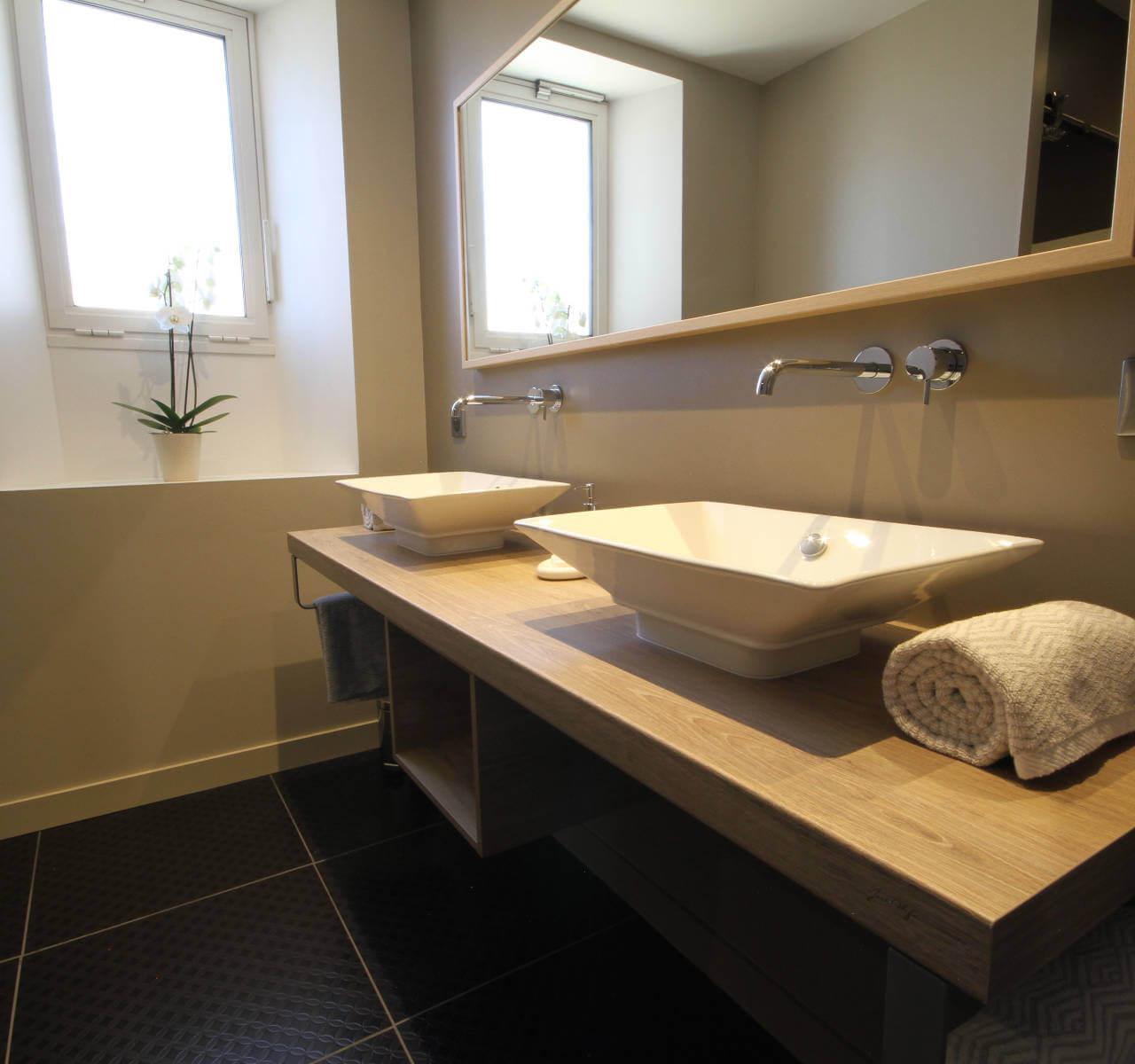 Opérie - Chambre Chêne Merrain - salle de bain